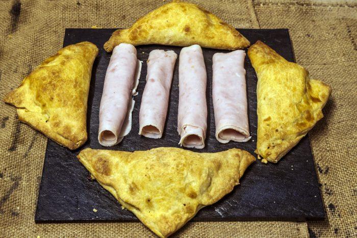 Triangles de kamut amb gall d'indi