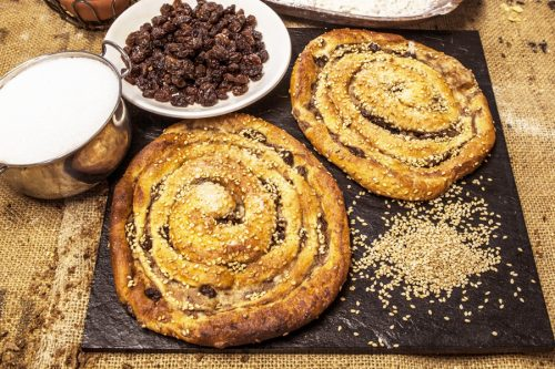 custard sweet rolls